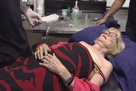 Paula Westoby being tattooed in 2008