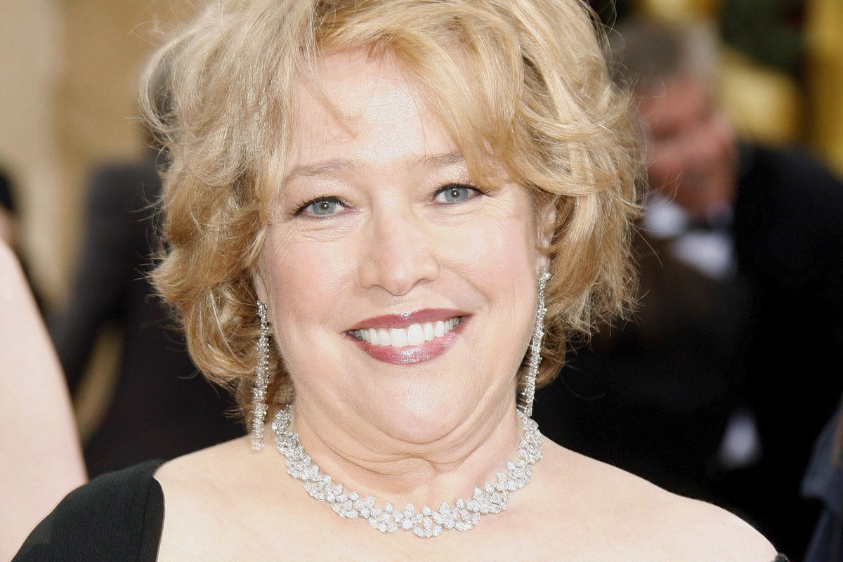 Kathy Bates thanks Cha...