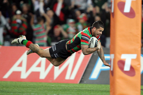 Rabbitohs' Adam Reynolds scores during the NRL Finals Week 2 (AAP)