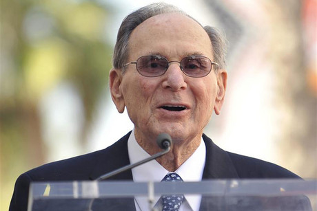 Songwriter Hal David thanks the Hollywood Chamber of Commerce as they honor him with a star on the Hollywood Walk of Fame in Los Angeles, California (Reuters)