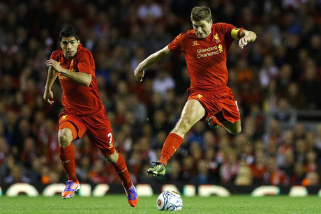 Can Steven Gerrard and Luis Suarez help notch Liverpool's first win of the season in front of the ever-faithful Kop? (Reuters file)