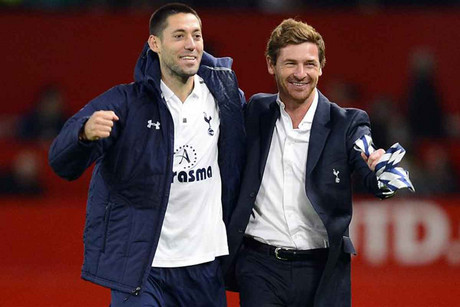 Tottenham Hotspur's manager Villas-Boas celebrates with Dempsey (Reuters)