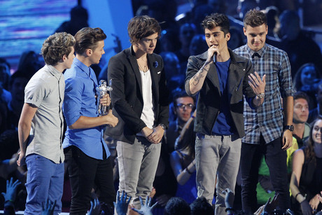 One Direction accepts the award for best new artist (Reuters)