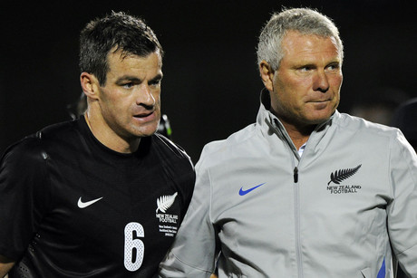 Ryan Nelsen and Ricki Herbert (Photosport file)