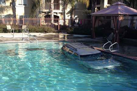 The car in the pool (Photo: Merced Police)