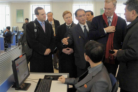 Eric Schmidt visits Kim Il-Sung University in Pyongyang (Reuters)