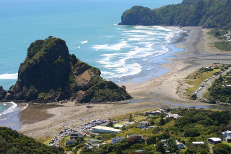 Piha Beach