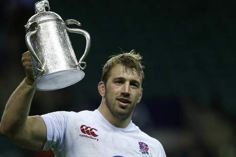England's captain Chris Robshaw holds aloft the Calcutta Cup (Reuters)