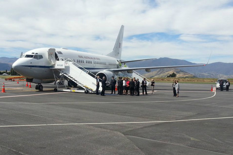 Ms Gillard's plane at Queenstown Airport (Photo: Richard Cooper / 3 News)