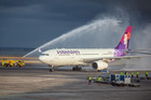 The first Hawaiian Airlines flight arriving at Auckland Airport (Photo: Supplied)
