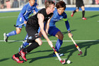 Dean Couzins on the ball for the Black Sticks (Photosport)