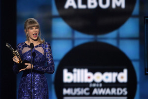 Taylor Swift at the 2013 Billboard Music Awards (Reuters)