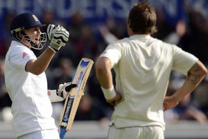VIDEO: (all wickets) Joe Root century digs England into 337/7, Day 2 Second Test
