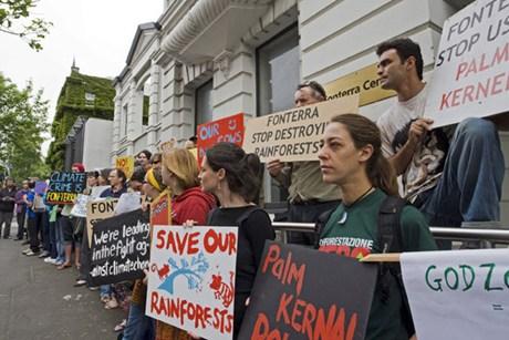 Esamir National News Network  - Page 4 Greenpeace600