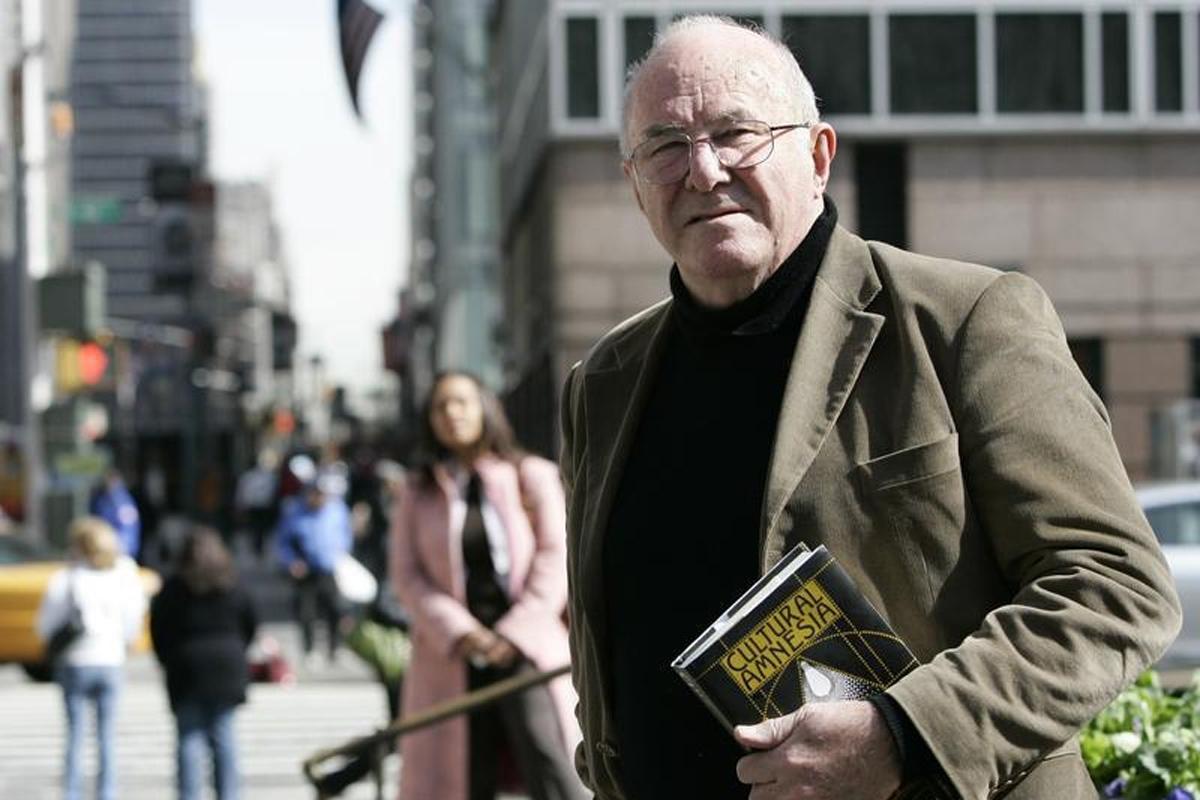 Clive James Daughter Clive James Praises Maori Poet